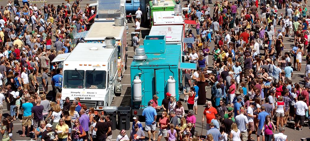 Festiwale-Food-Truckow.png